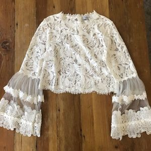 CHANCELLOR LACE TOP IN WHITE